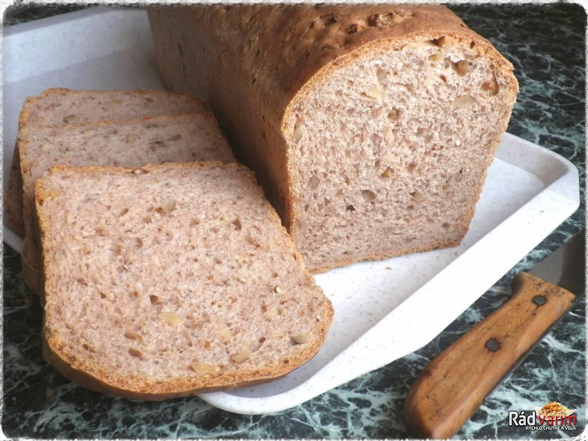 Orechový chlieb