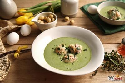 Špenátová polievka so smotanou