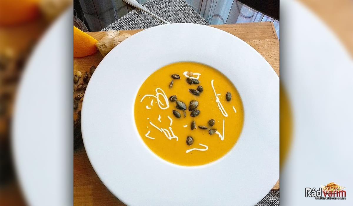 Tekvicová polievka - pomarančovo krémová