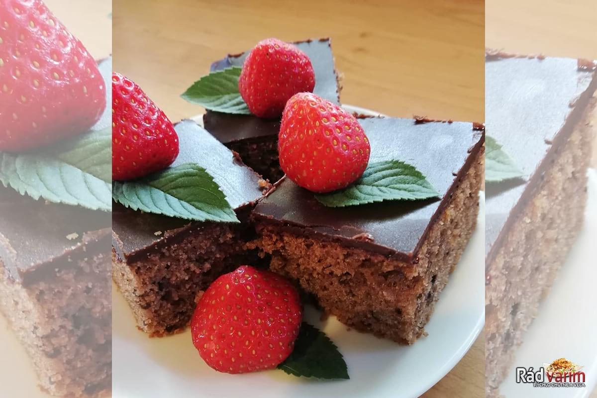 Výborný hrnčekový čokoládový koláč