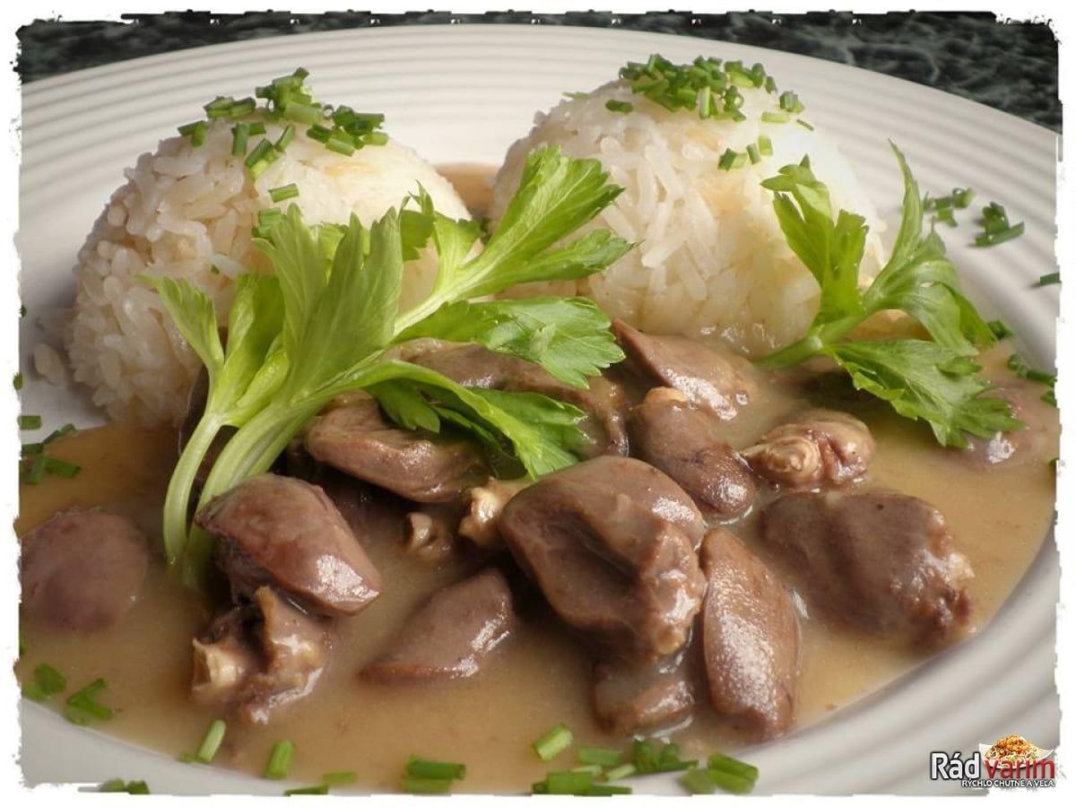 Kuracie srdiečka na omáčke s jasmínovou ryžou