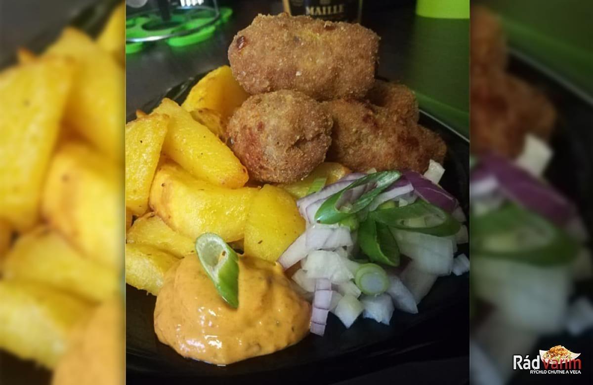 Čevapčiči s opekanými zemiakmi