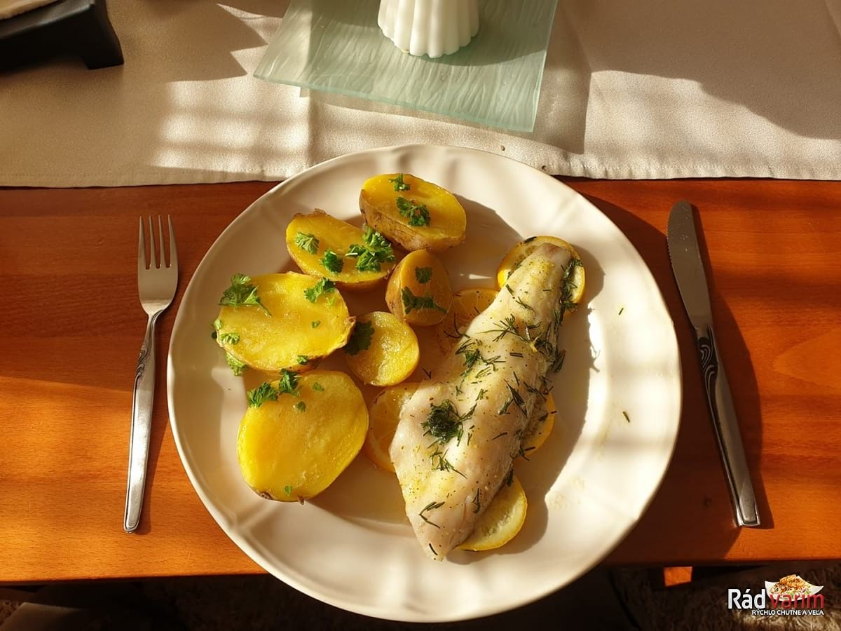 Pečený Zubáč na citróne a kôpri