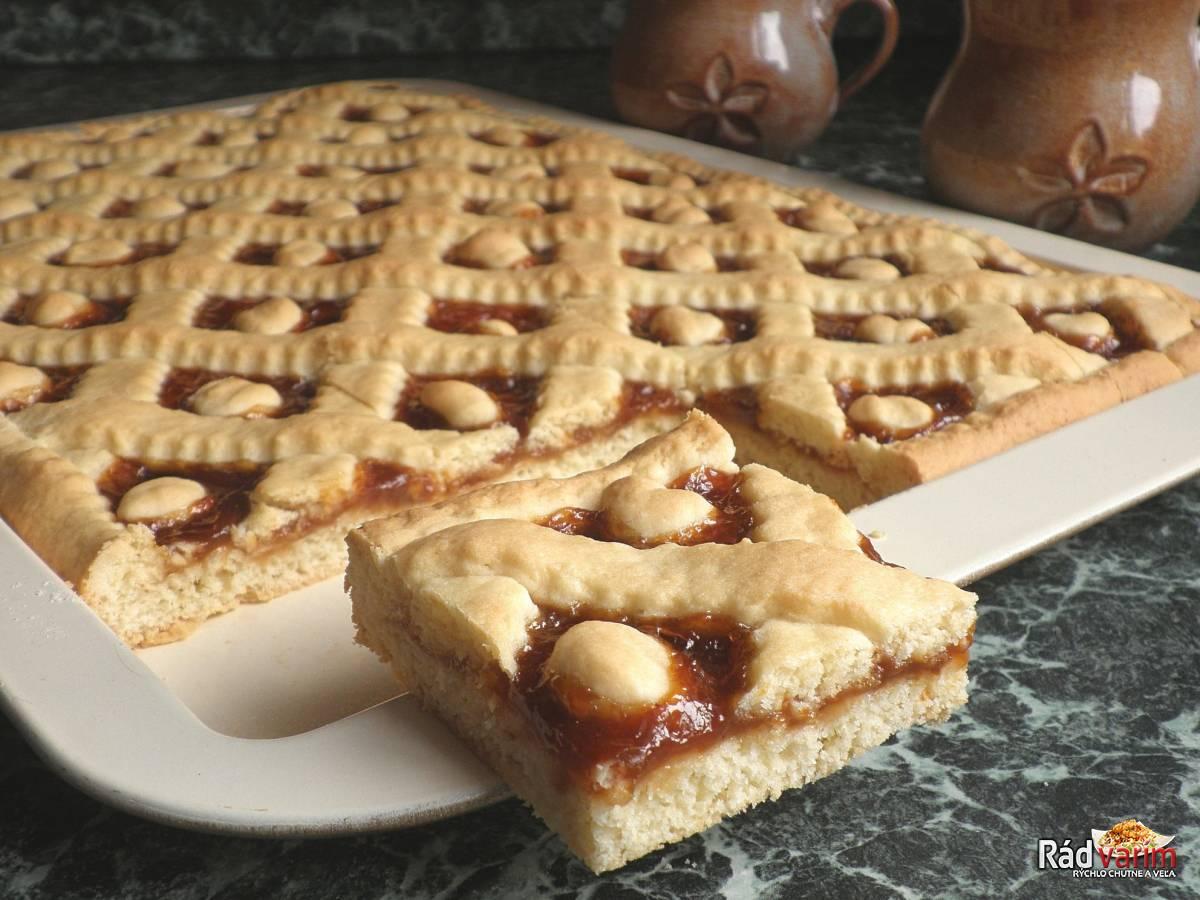 Rýchly linecký koláč s marmeládou