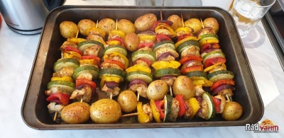 Zeleninovo-kurací špíz so zemiakmi