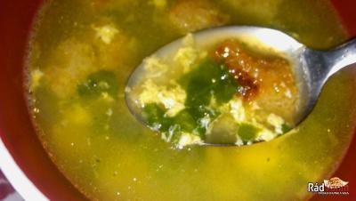 Špenátová s vajíčkom