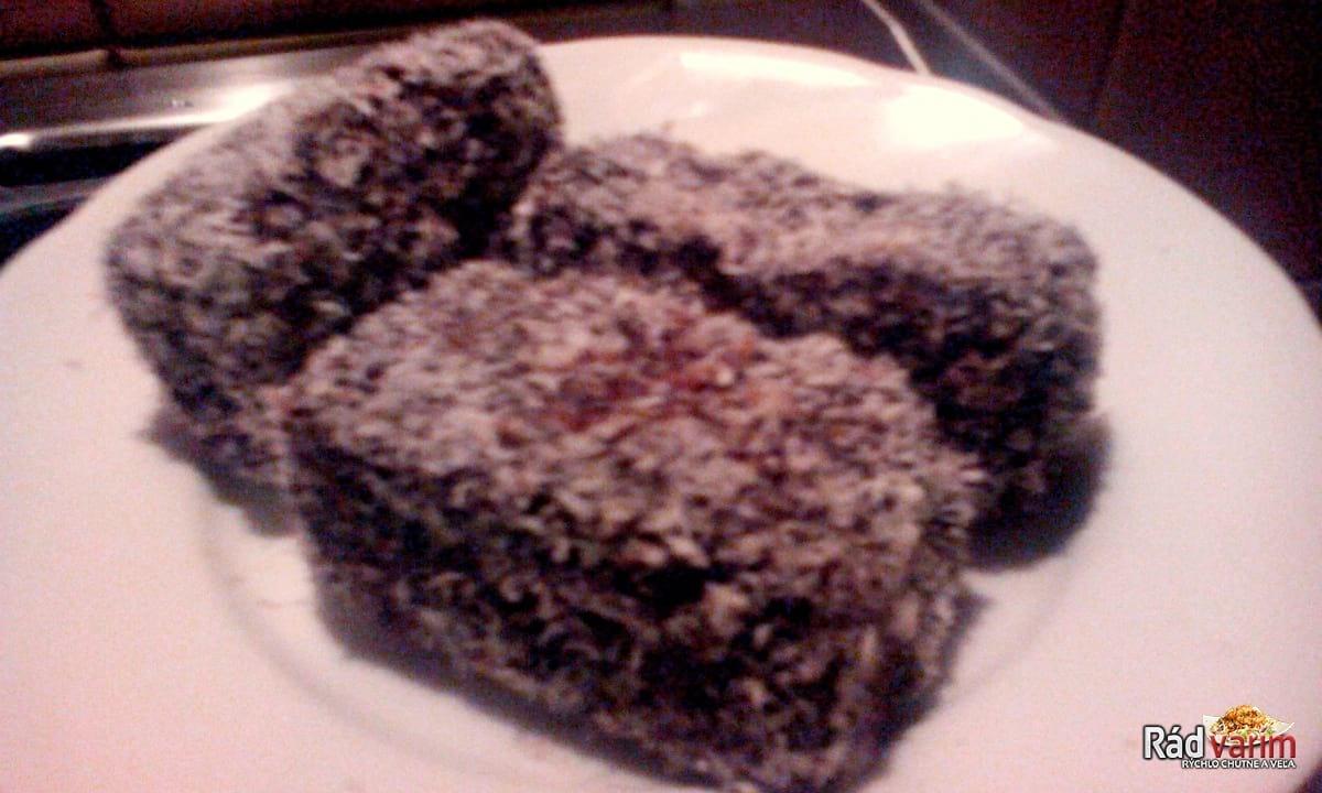 Kokosový obaľovaný koláč
